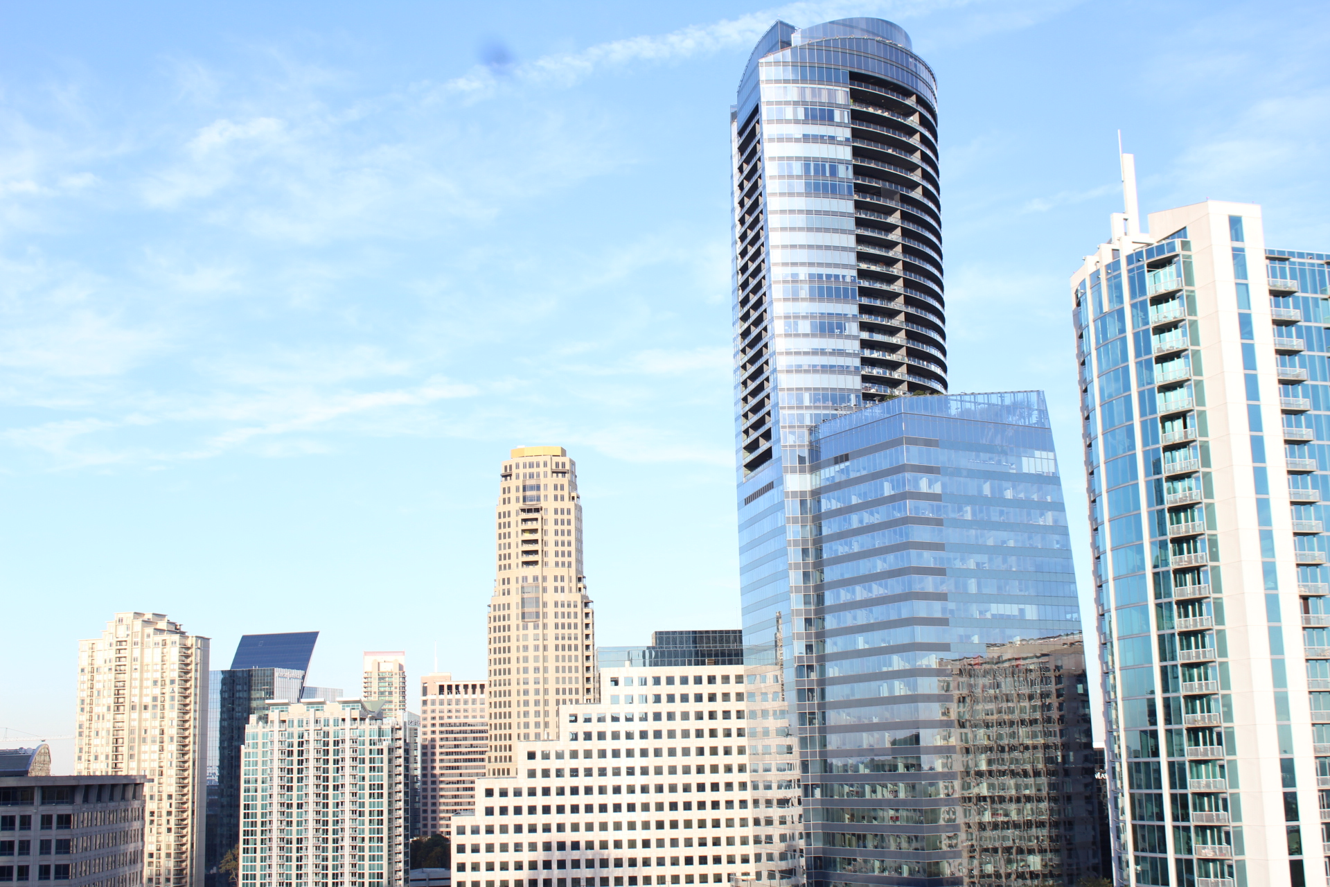 Buckhead Atlanta High Rise Condominiums  For Lease, For Rent And For Sale