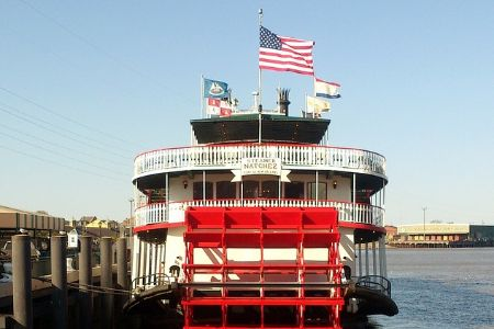 steamboat docked on the Mississippi River
